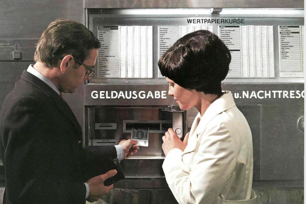 So sah Deutschlands erster Geldautomat aus, der in Tübingen installiert wurde (Foto: Ostertag / Kreissparkasse Tübingen)