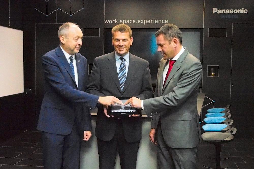Startschuss fürs neue Business Solutions Centre von Panasonic (Foto: invidis)