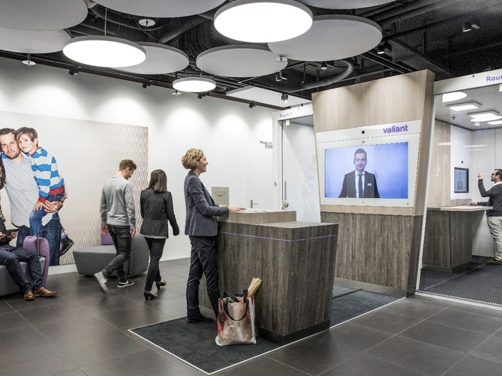 Bank Valiant in der Schweiz digitalisiert ihre Filiale in Brugg (Foto: Westiform)
