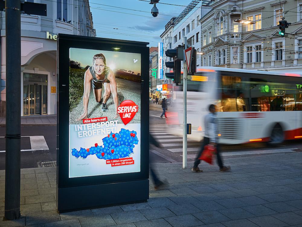DooH Screen in Linz (Foto: Pixelkinder / Gewista)