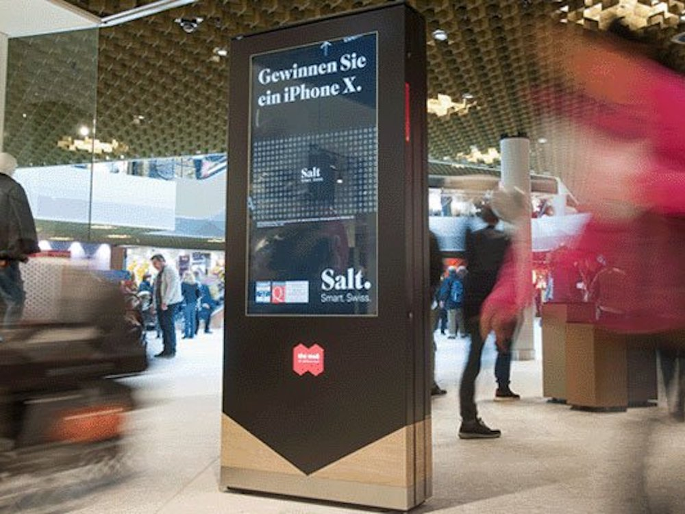 DooH Screen in der Mall of Switzerland (Foto: APG|SGA)