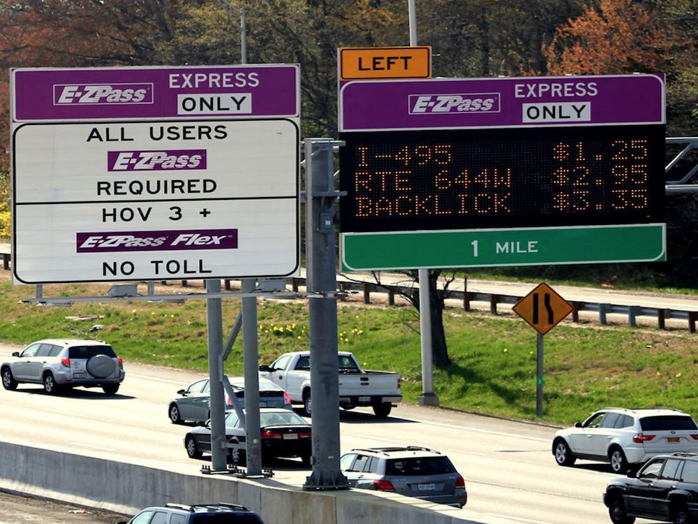 Rechts im Bild - Dynamic Message Signs an der I-95 (Foto: Daktronics)