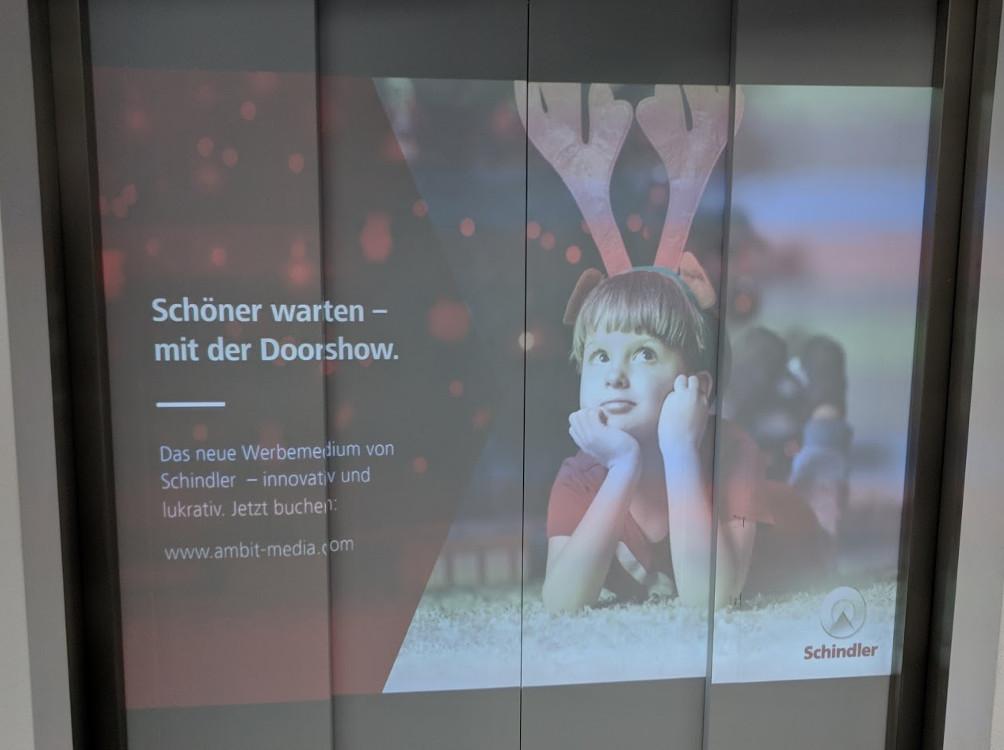 Ambit Media / Schindler Door Show (Foto: invidis)