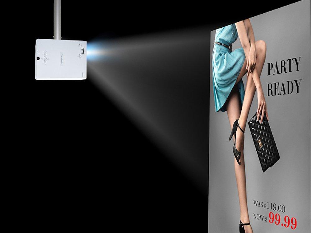 Projektor LS800HD im Einsatz im Portrait-Modus (Foto: ViewSonic)