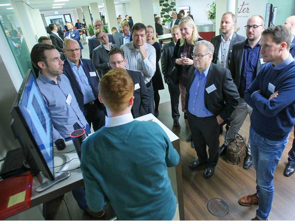 Hausmesse in Heidelberg – Teilnehmende beim 18 Partnertag (Foto: Online Software AG)