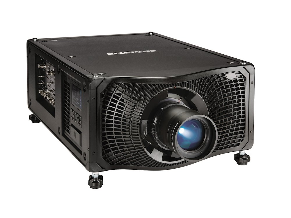 Der DLP Projektor Boxer ist in vier Varianten erhältlich – und nun der erste SDVoE-Projektor (Foto: Christie)