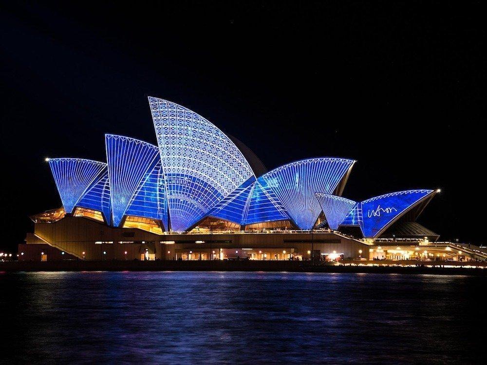 Sydney bei Nacht – Symbolbild (Foto: pixabay / pattyjansen)