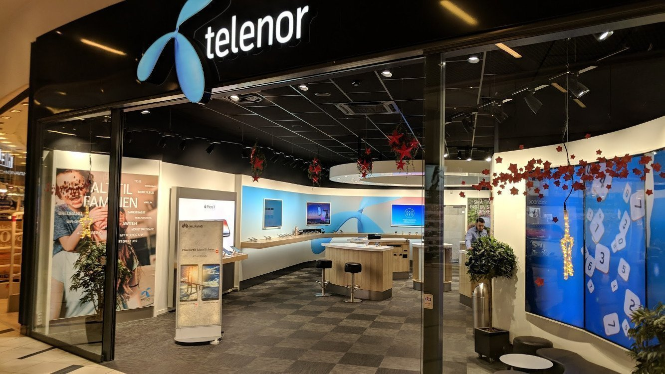 Bei Telenor (DK) verschmelzen Digital und Backlit zu einer Fläche (Foto: invidis)