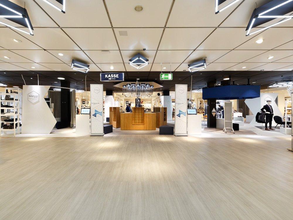 Im Twentyfourseven Karstadt Experience Store (Foto: syspro / Richard Unger)