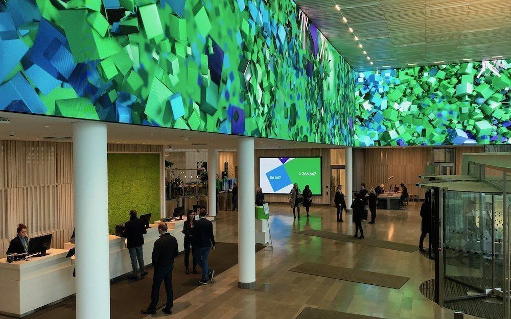 In Lobbys sorgen große LED-Walls für beeindruckende optische Akzente (Foto: Visual Art)