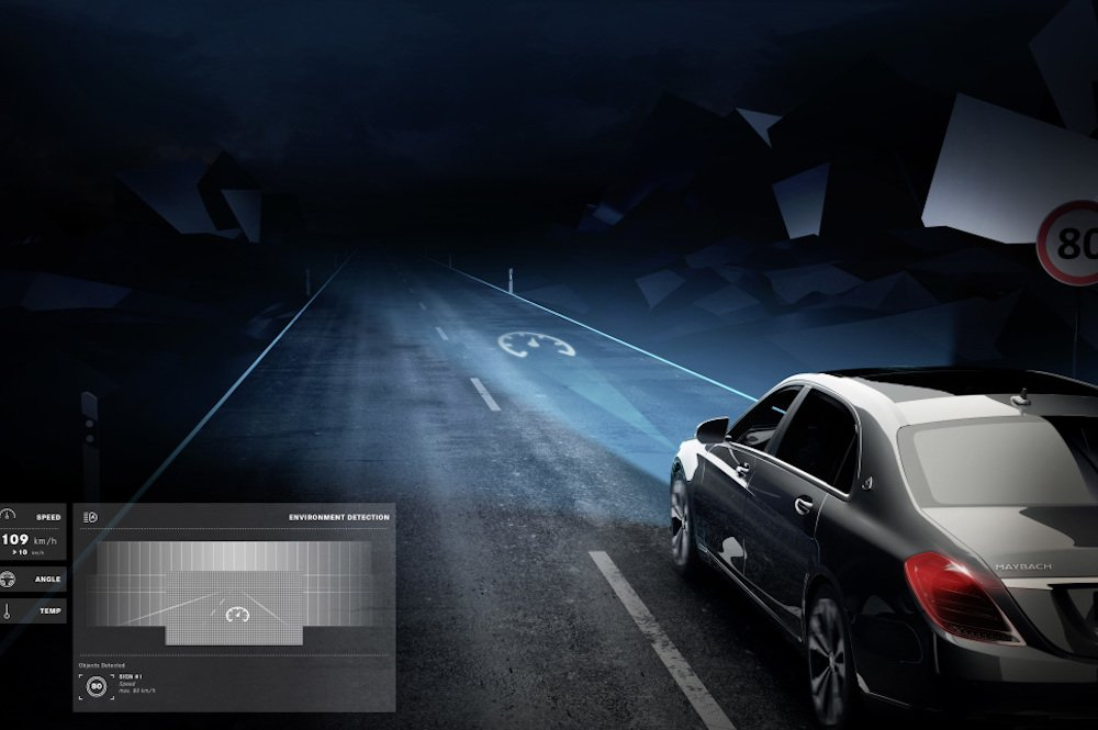 Symbole können in HD-Qualität auf die Straße projiziert werden (Foto: Daimler AG)