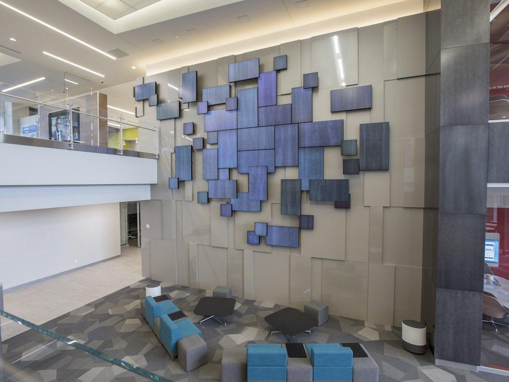 Blick ins Atrium von WWT (Foto: Planar)