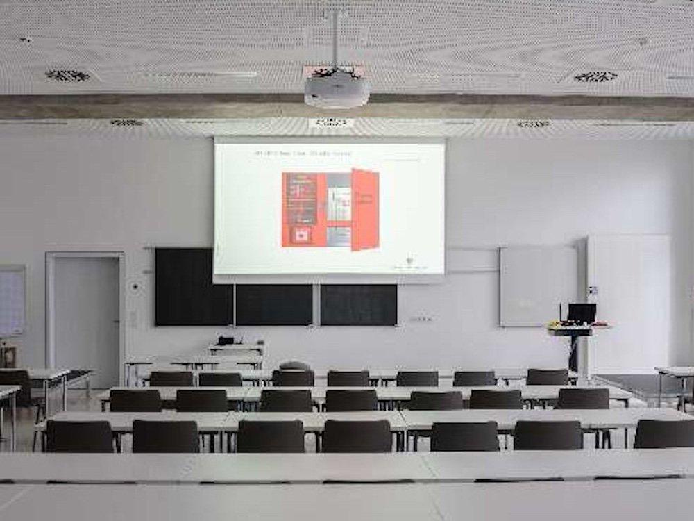 Hörsaal in der LFS Baden Württemberg (Foto: multi-media systeme AG)