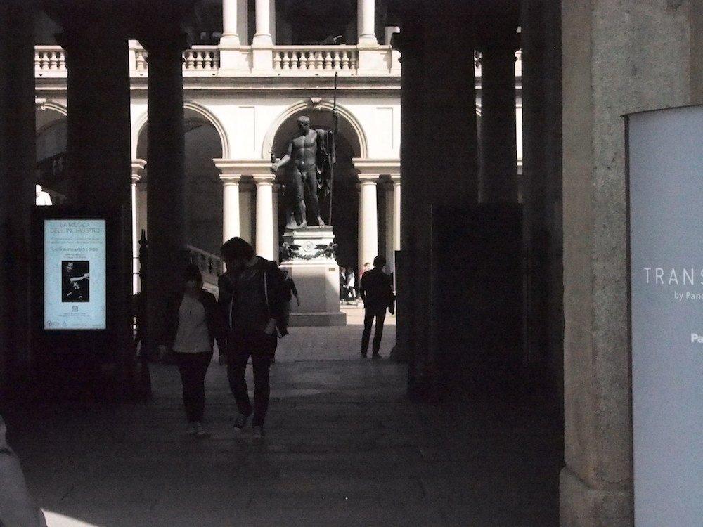 Outdoor Signage bei der Pinacoteca di Brera (Foto: invidis)