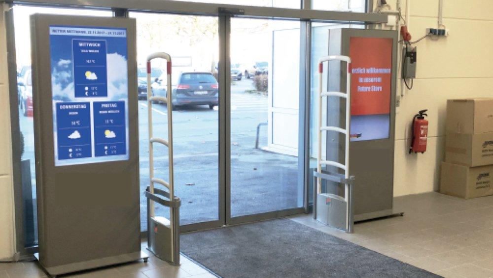 Screens mit Ausrichtung nach aussen und innen (Foto: Toshiba)