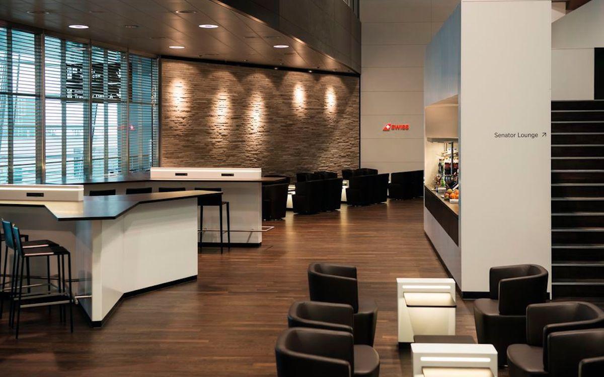 Blick in eine Senator Lounge der SWISS (Foto: SWISS)