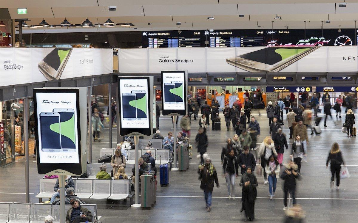 DooH Screens von JCDecaux am Hauptbahnhof von Oslo (Foto: JCDecaux)