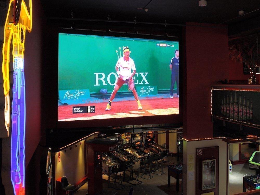 Neuer Indoor Screen in dem Kölner Entertainment-Center (Foto: Innlights Displaysolutions)