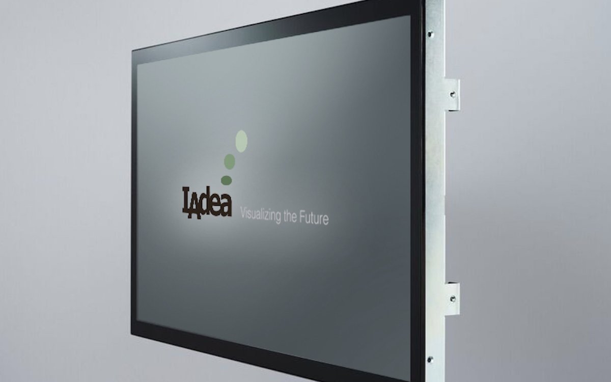 Neues Signboard XDS 1390 (Foto: IAdea Germany)