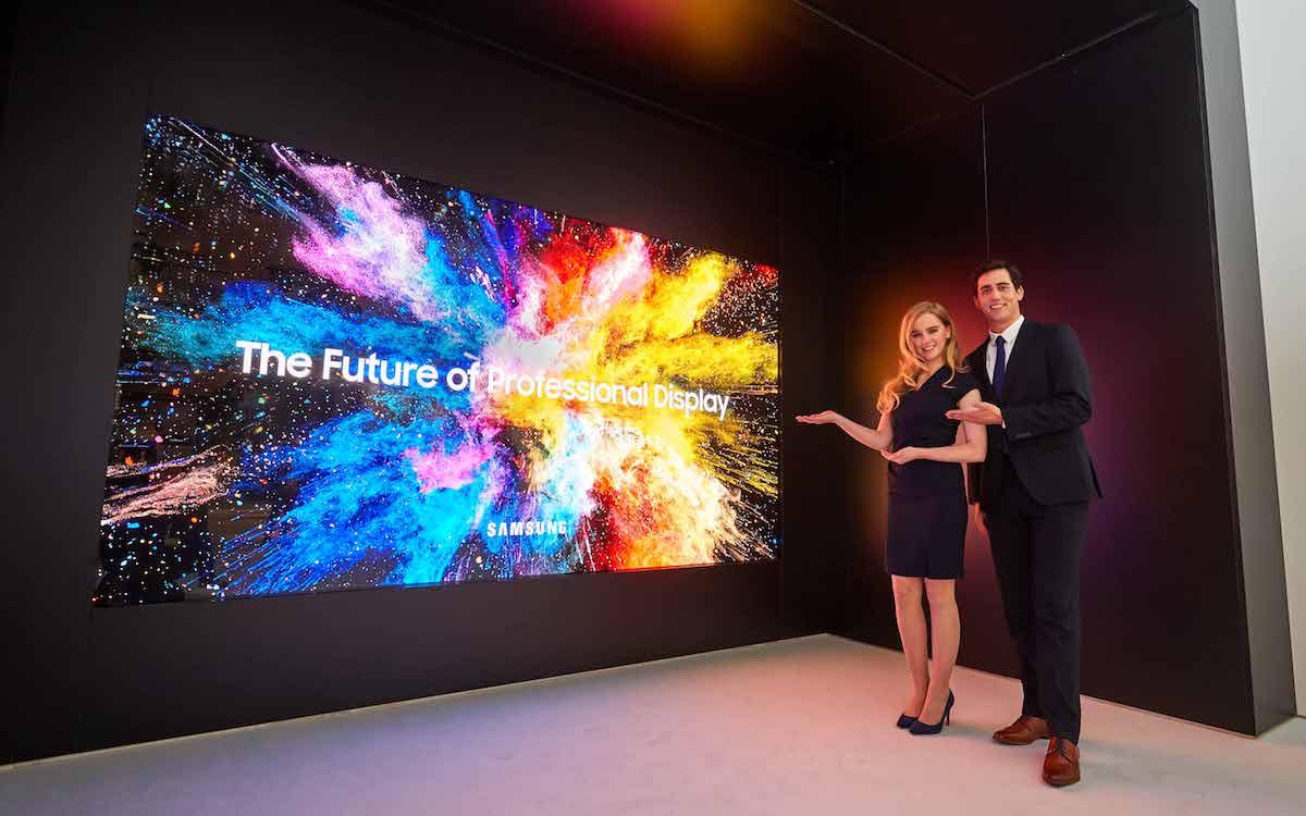 MicroLED Screen The Wall Professional bei der Vorstellung auf der ISE 2018 (Foto: Samsung)