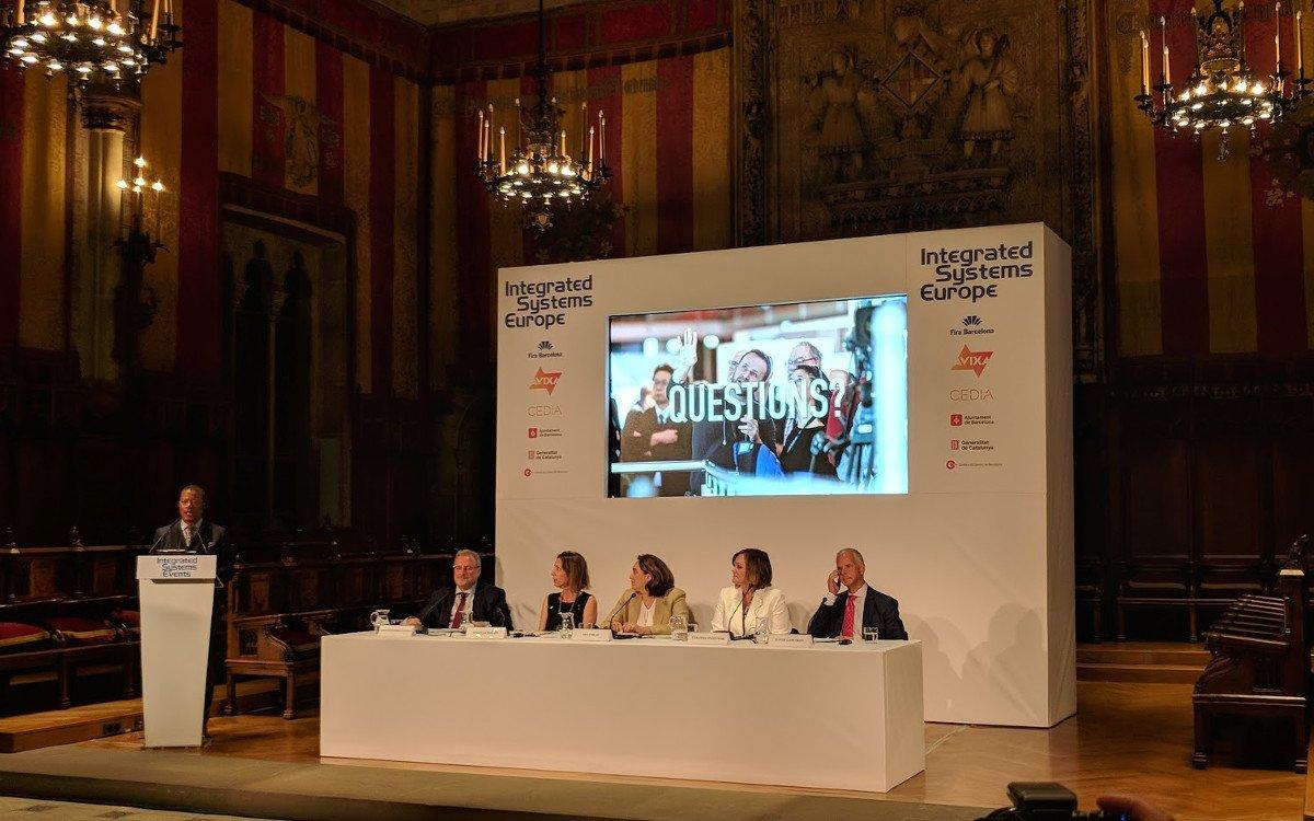 Pressekonferenz im Rathaus von Barcelona (Foto: invidis)