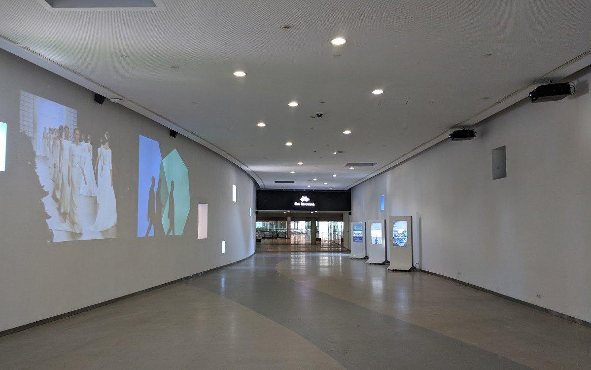 Projektion, LED und LCD - alles vorhanden mit Optimierungspotential (Foto: invidis)