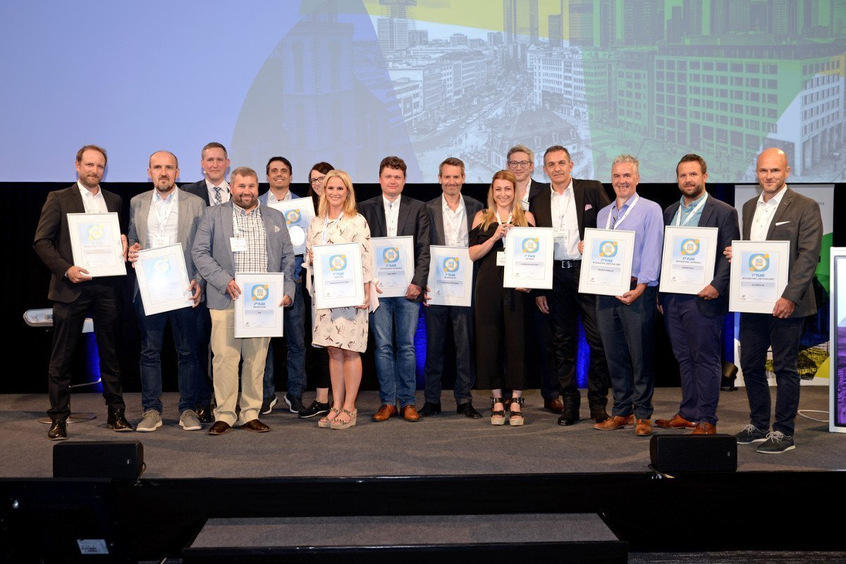 invidis awards 2018 Gruppenfoto Sieger (Foto: invidis)