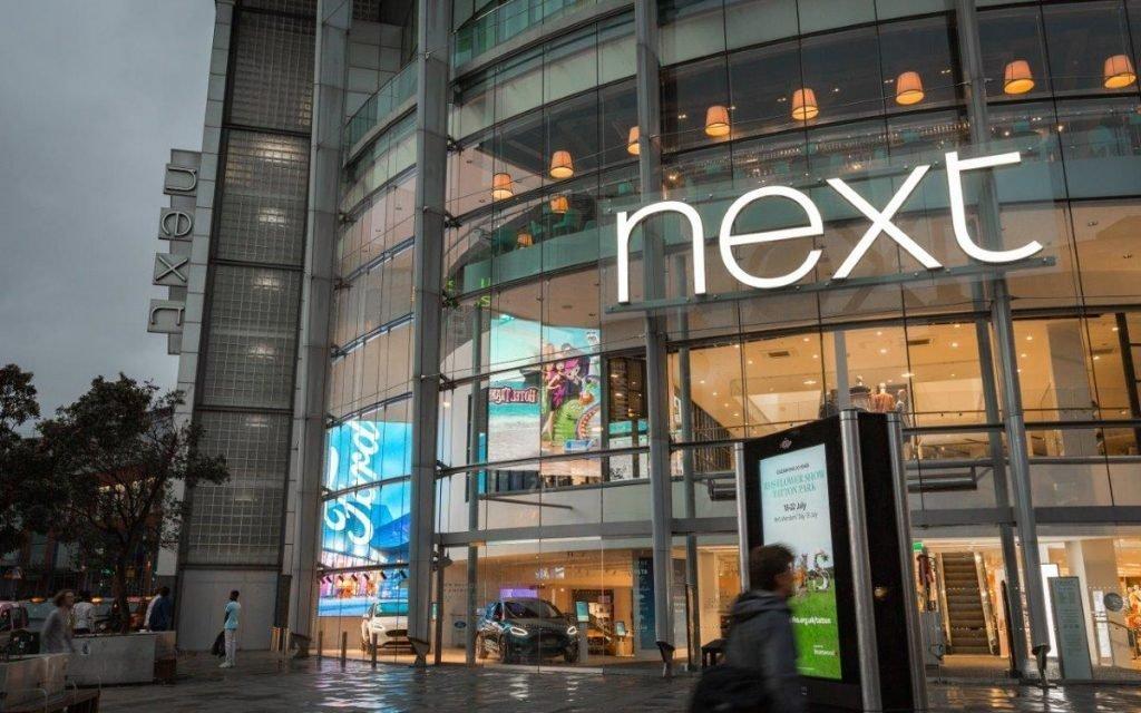 Der neue Ford Digital Showroom bei Next Manchester (Foto: Ford)
