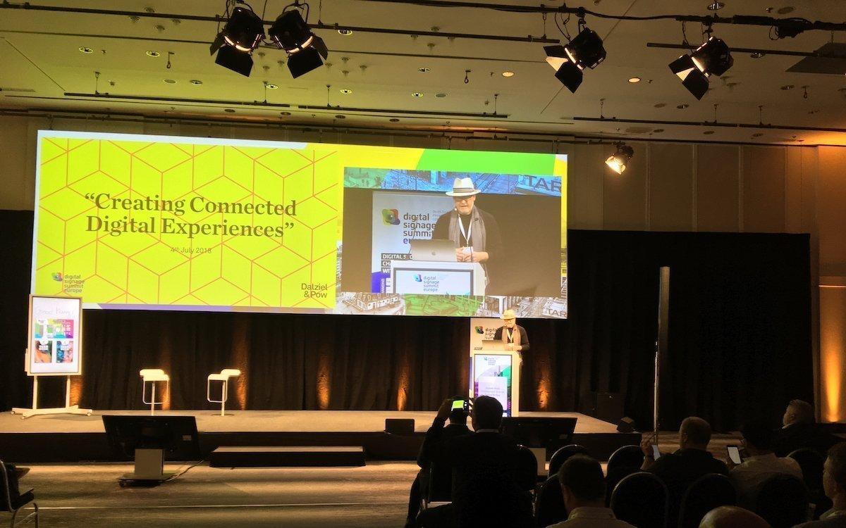 Alastair Kean bei seiner Keynote (Foto: invidis)