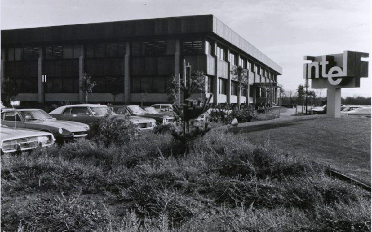 Intel-Zentrale in Santa Clara Anfang der 1970er Jahre (Foto: Intel)