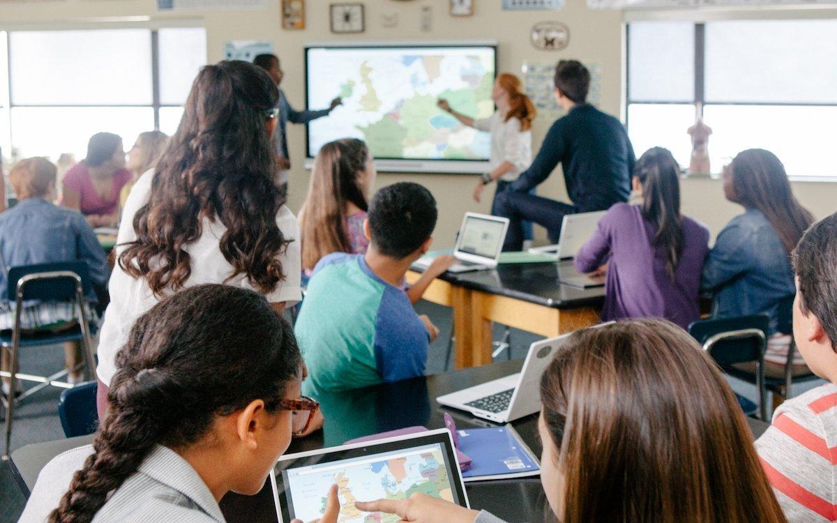 Kollaboratives Lernen mit einer Lösung von SMART Technologies (Foto: SMART Technologies)