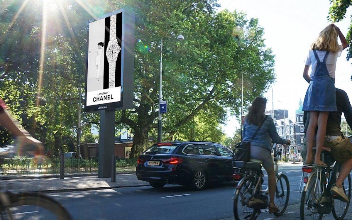 """De Avenue"" ist JCDecauxs neuer Ansatz für auffallende Roadside Screens (Foto: JCDecaux)"