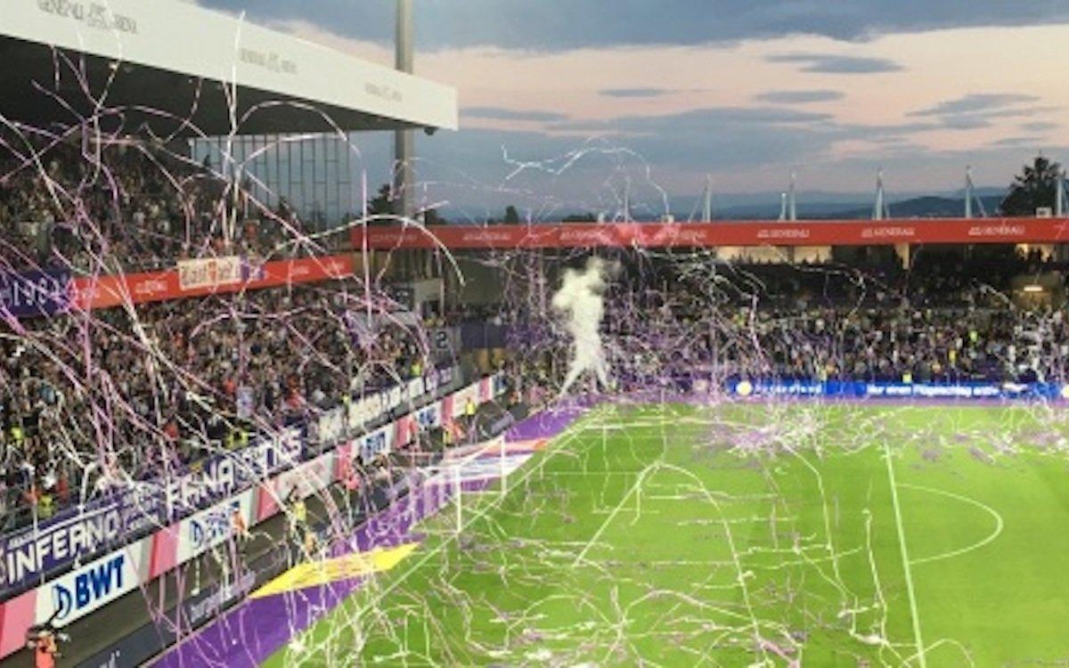 Eröffnungsspiel im komplett renovierten Stadion (Foto: Zumtobel)