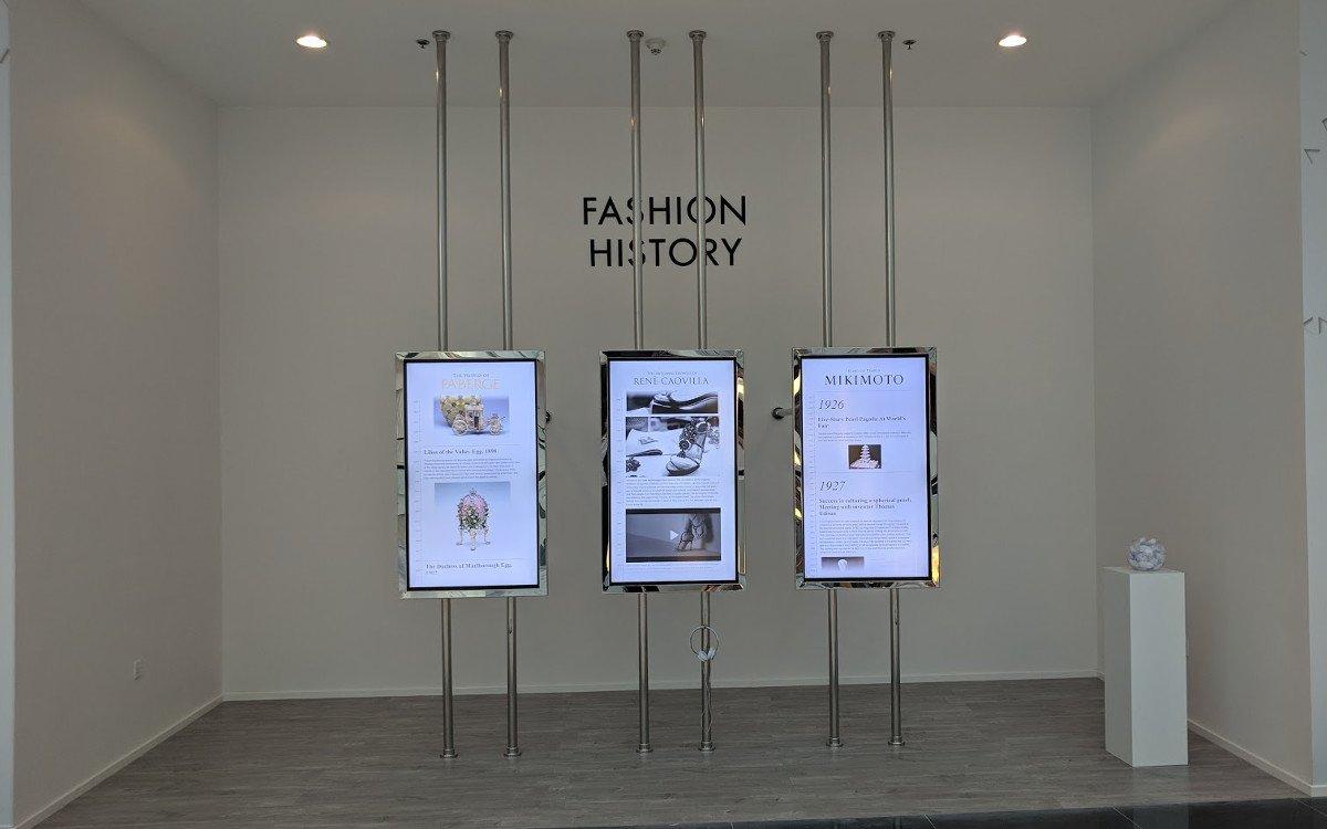 The Dubai Maill Fashion Avenue - Curated Content in der Fashion History Gallery (Foto: invidis)