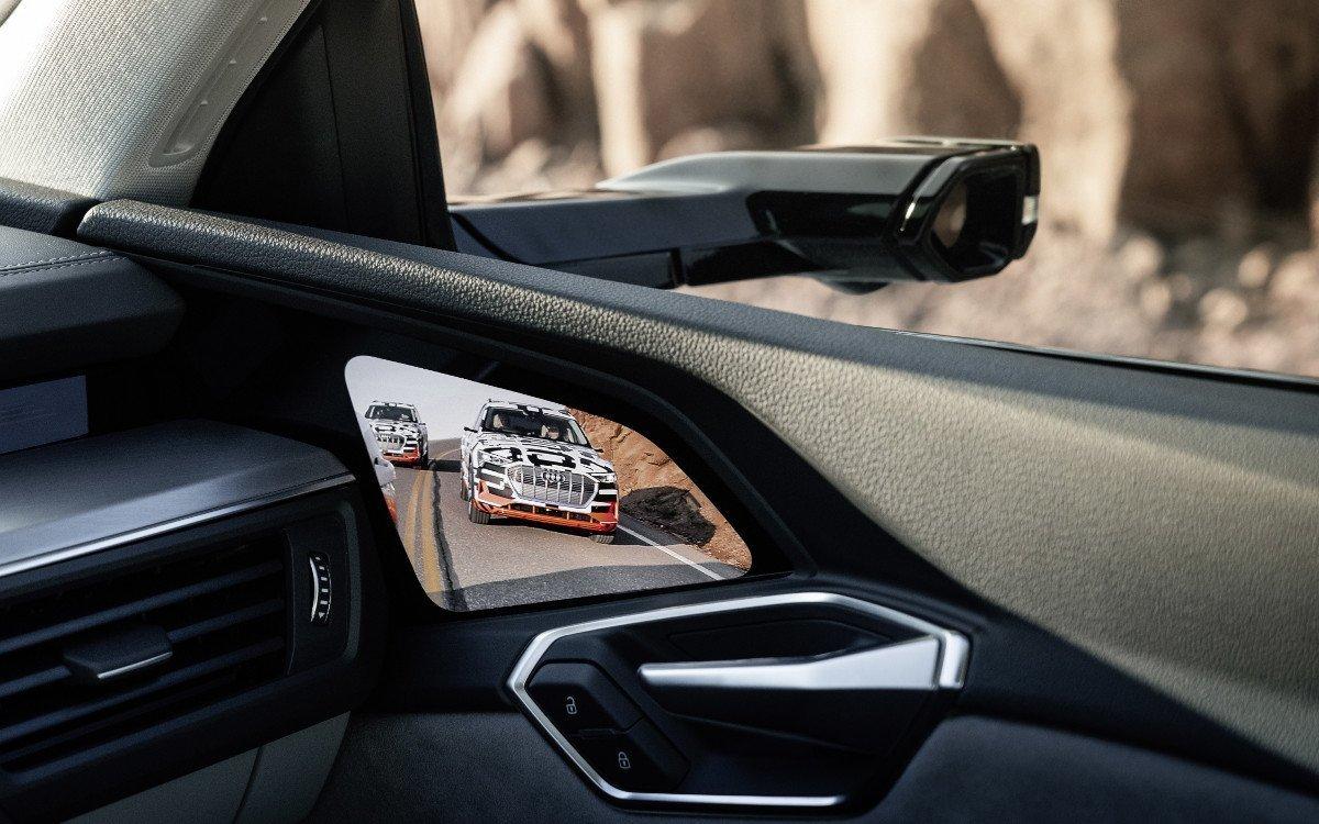Audi e-tron mit digitalen Rückspiegel (Foto: Audi AG)