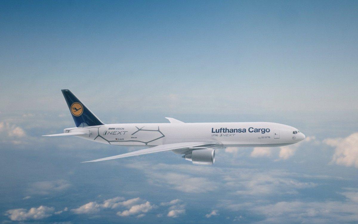 BMW iNext auf Welttour mit LH Cargo (Foto: Lufthansa cargo)
