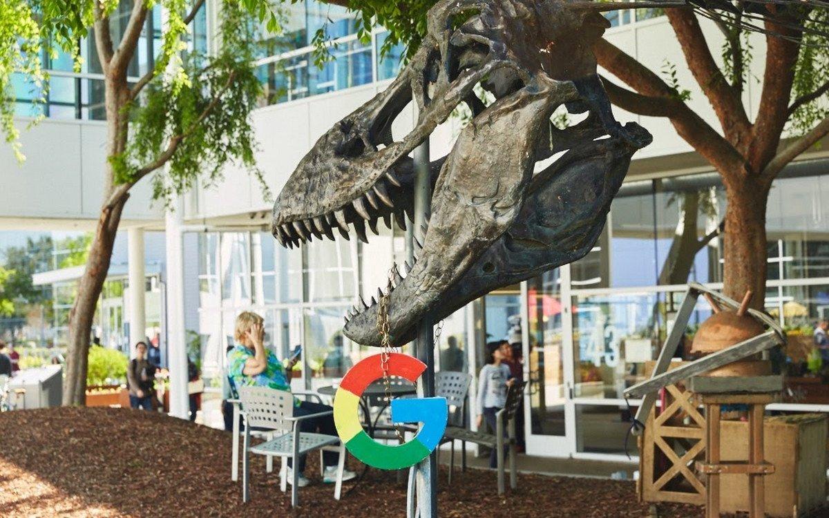 Dinosaurier im Googleplex HQ (Foto: Google)