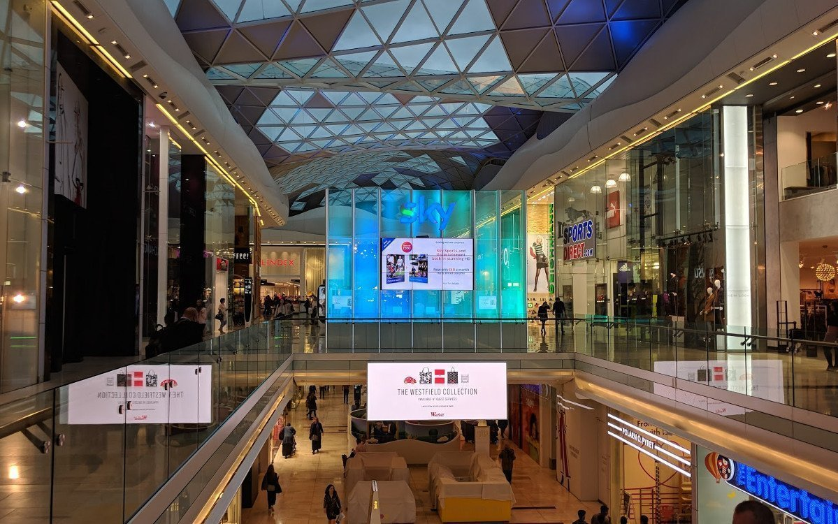 Sky UK Shop im Westfield London Shopping Center (Foto: invidis)
