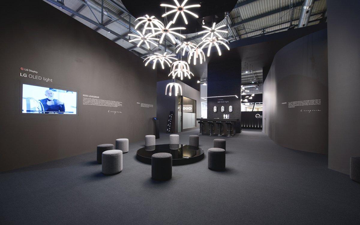 OLED-Leuchtmittel von LG Display auf einer Ausstellung in Mailand (Foto: LG Display)