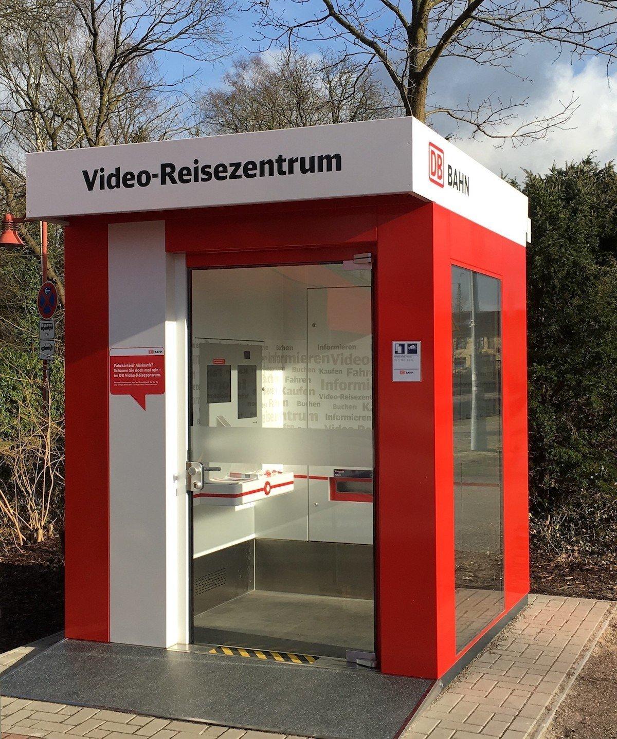 Video-Reisezentrum als Solitär (Foto: Deutsche Bahn)