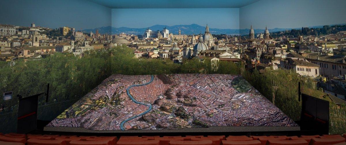 Die Ewige Stadt und ihre Geschichte ersteht mittels Edge Blending zum Leben (Foto: Panasonic)