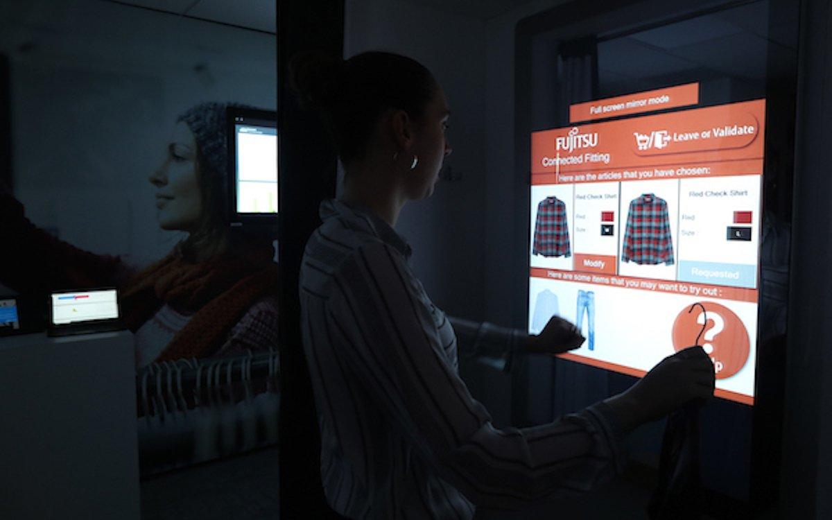 Im Connected Retail Experience Center werden Omnichannel-Lösungen gezeigt (Foto: Fujitsu)
