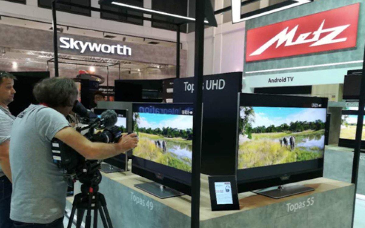 OLED Panels von Skyworth finden sich auch in TVs der Marke Metz – hier Vorstellung neuer Modelle auf der IFA 2017 (Foto: Skyworth)