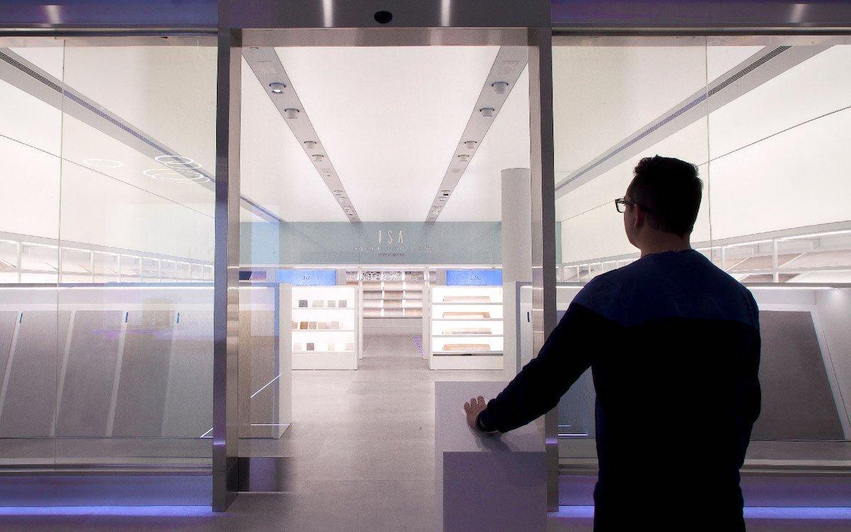 Touch und haptisches Erleben werden bei ISA mit visuellen Erlebnissen kombiniert (Foto: Porcelanosa)