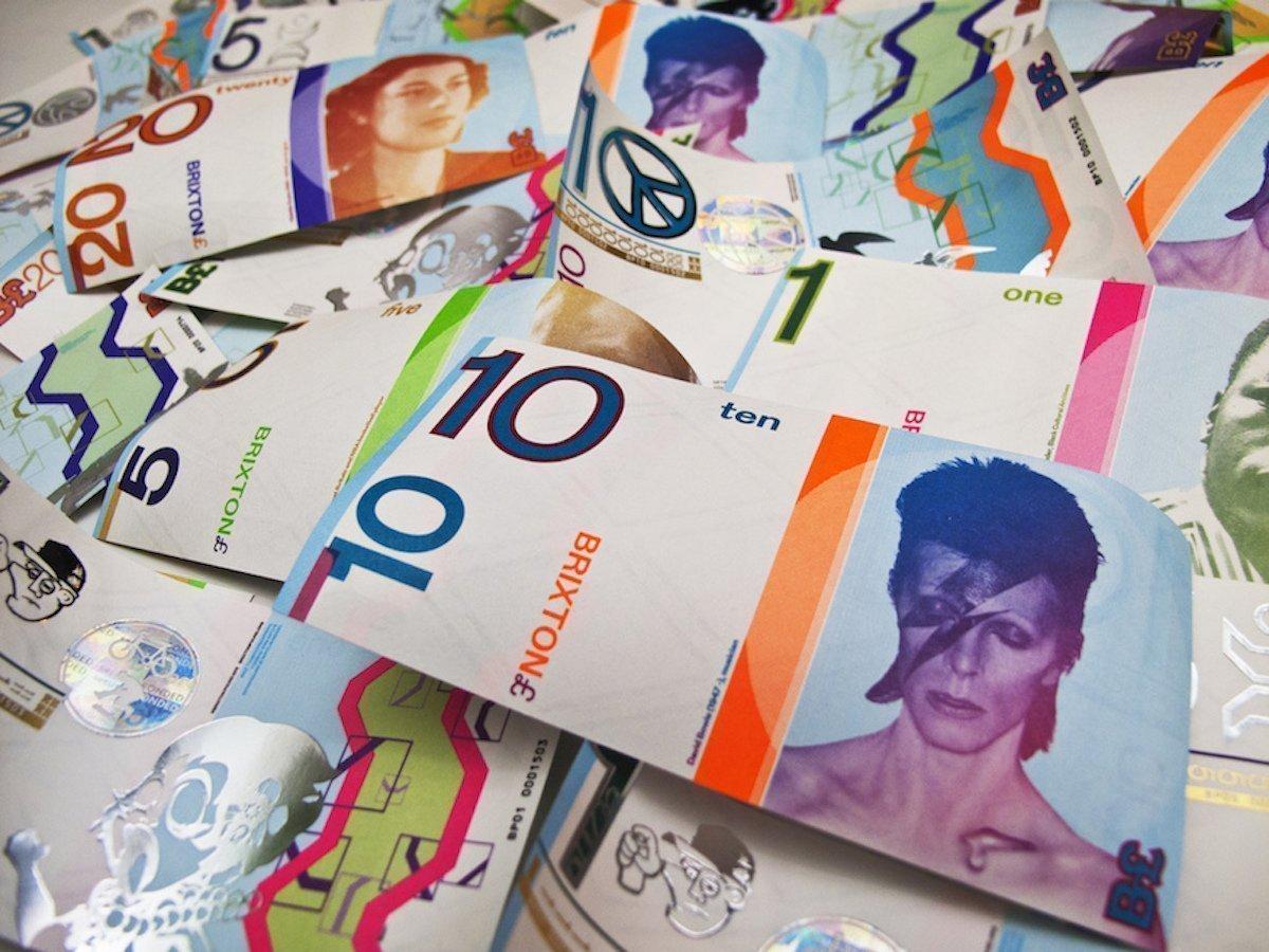 Zumindest vom Look her die geilste Währung der Welt Scheine des Brixton Pound (Foto: Brixton Pounds by Charlie Waterhouse via Flickr creative commons)