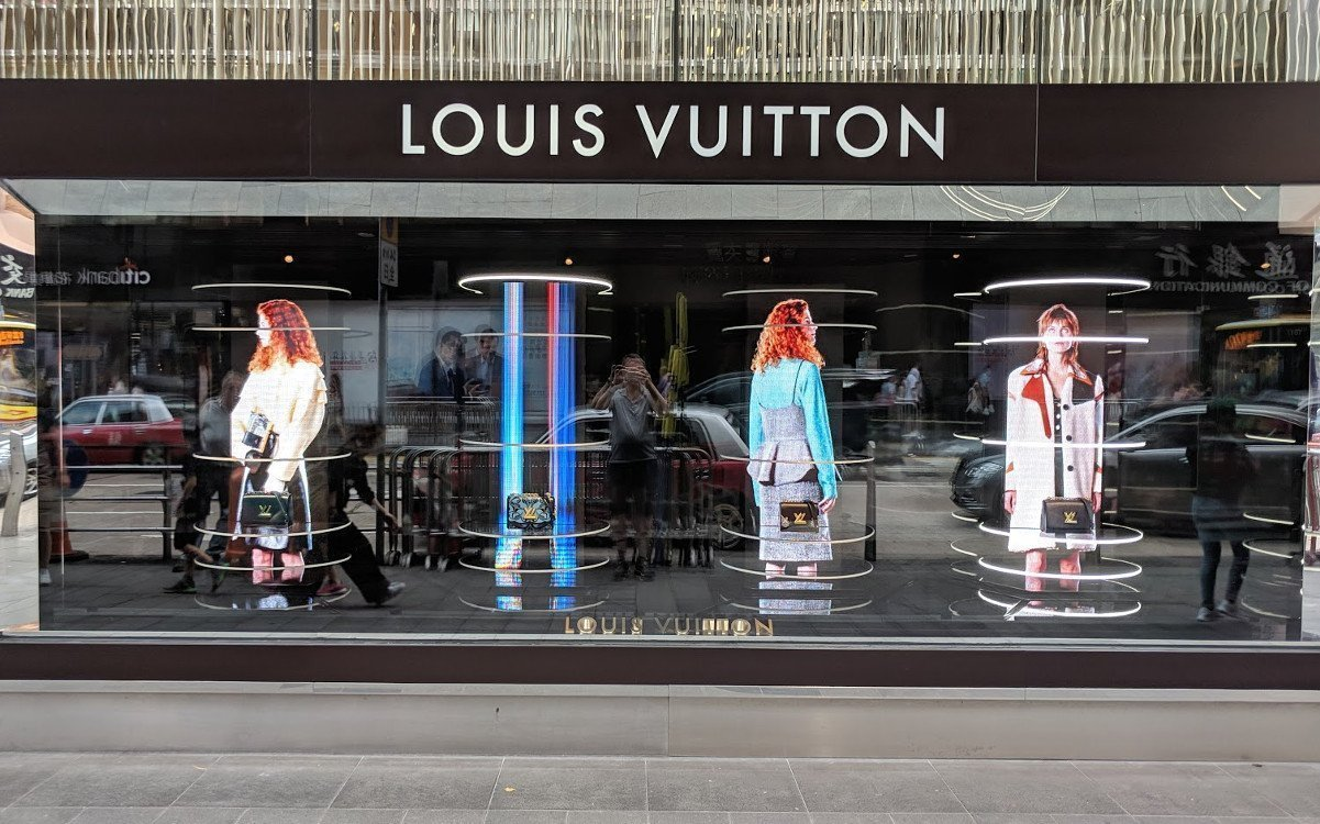 "Louis Vuitton ""LED meets Handbag"" October 2018 8Foto: invidis)"