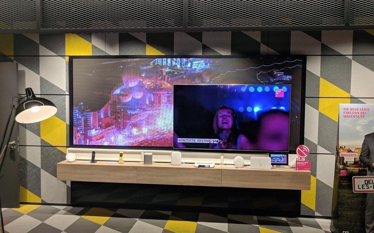 LCD trifft auf LED im Telekom Falgship am Marienplatz in Münchem (Foto: invidis)