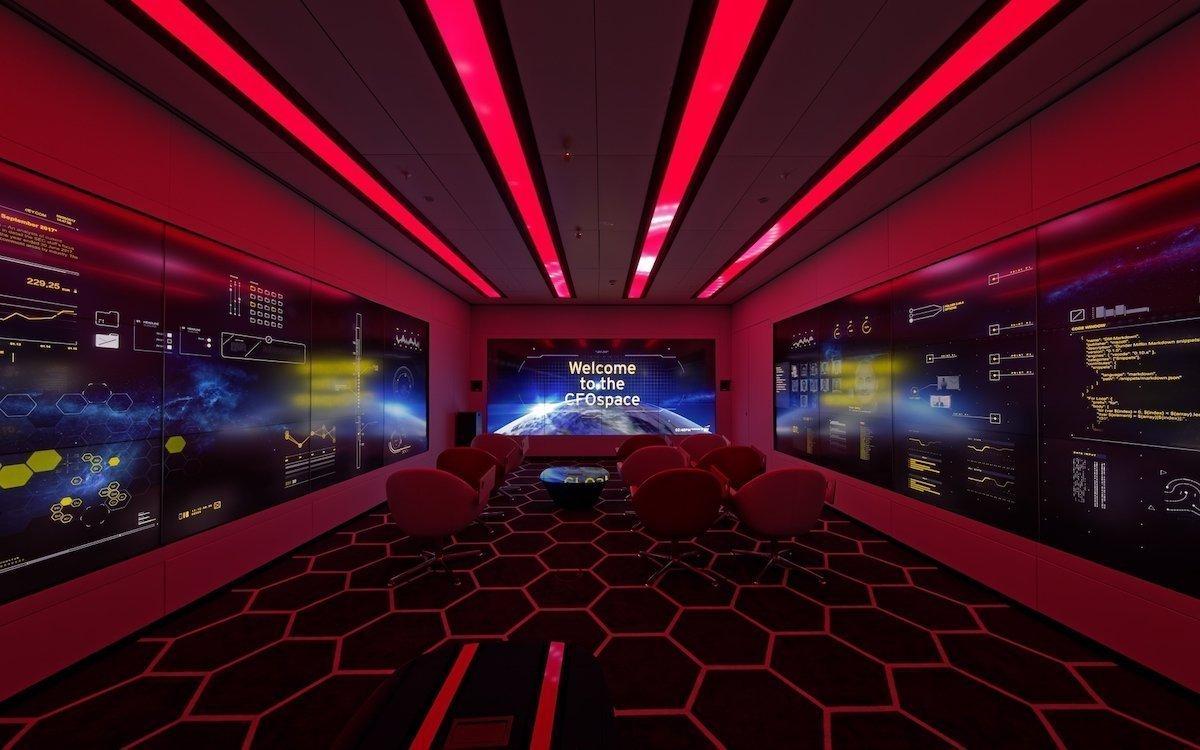 Alle vier Seiten des Collaboration-Raumes sind mit interaktiven Touch Collaboration Walls ausgestattet (Foto: Panasonic)
