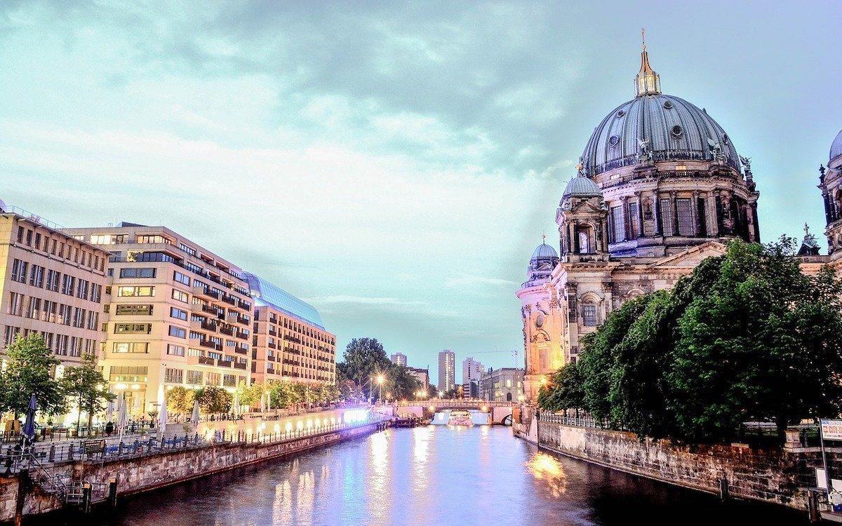 Ansicht von Berlin mit dem Berliner Dom, Symbolbild (Foto: Pixabay / Kai_Vogel)