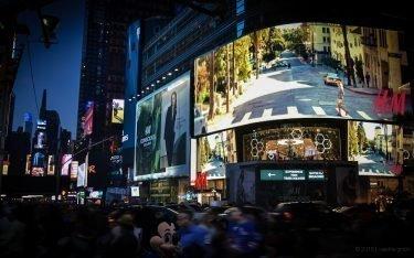 LED Boards am und rund um den Time Square – etwa die Hälfte von ihnen laufen mit der Lösung von Sedna (Foto: Sedna)